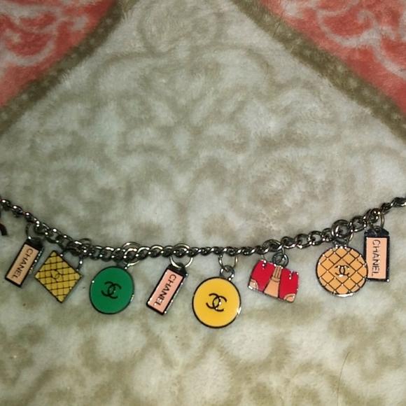 Women's Channel braceletn